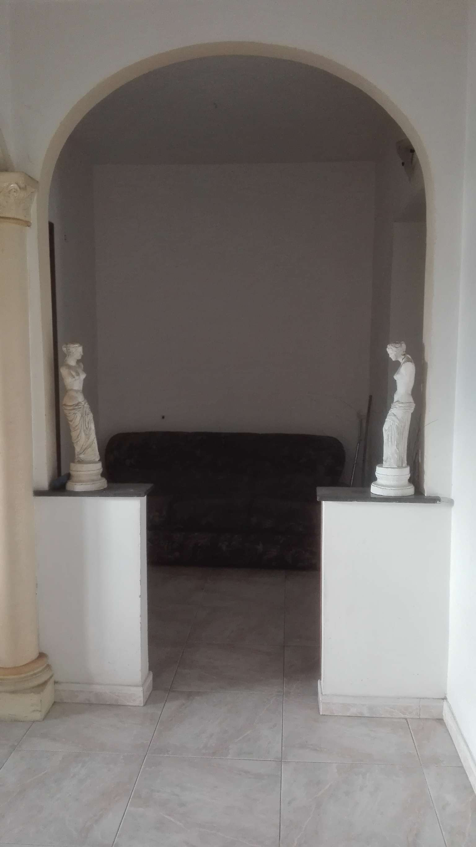 Appartamento ristrutturato arredato in affitto Rif. 8619444