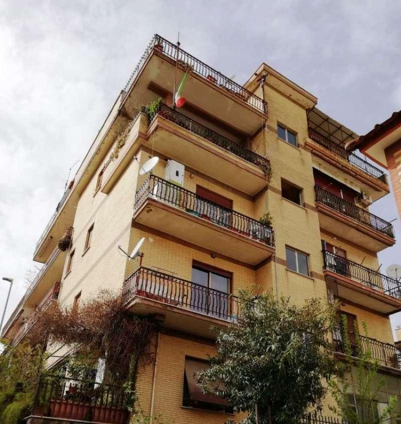 Appartamento in vendita a Roma, 5 locali, zona Zona: 27 . Aurelio - Boccea, prezzo € 198.000 | CambioCasa.it
