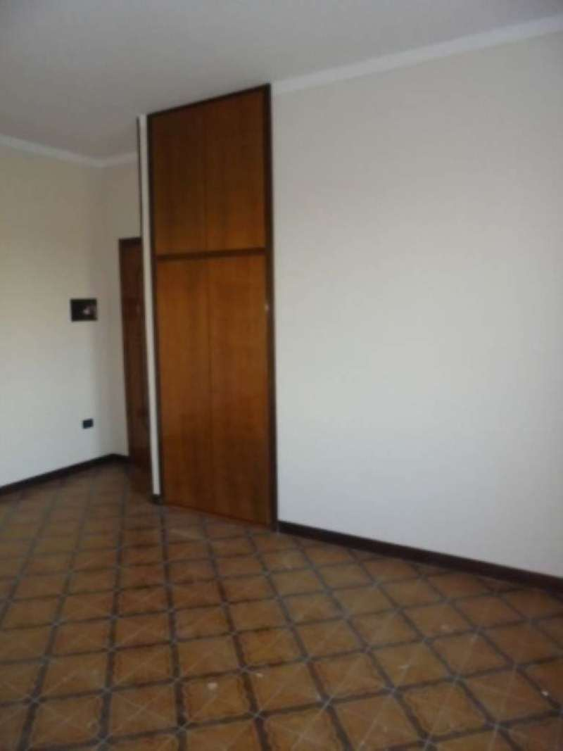 Appartamento in ottime condizioni in affitto Rif. 5046420