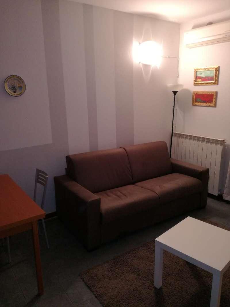 Appartamento in ottime condizioni arredato in affitto Rif. 8271782