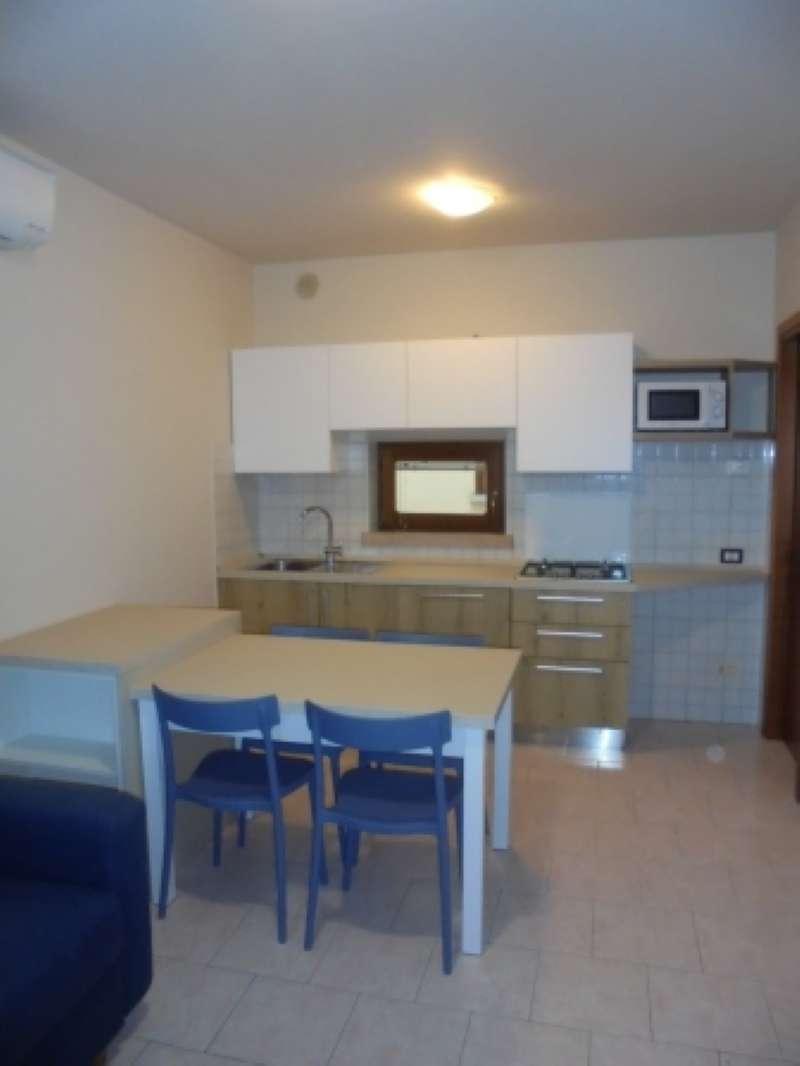 Appartamento arredato in affitto Rif. 8112185