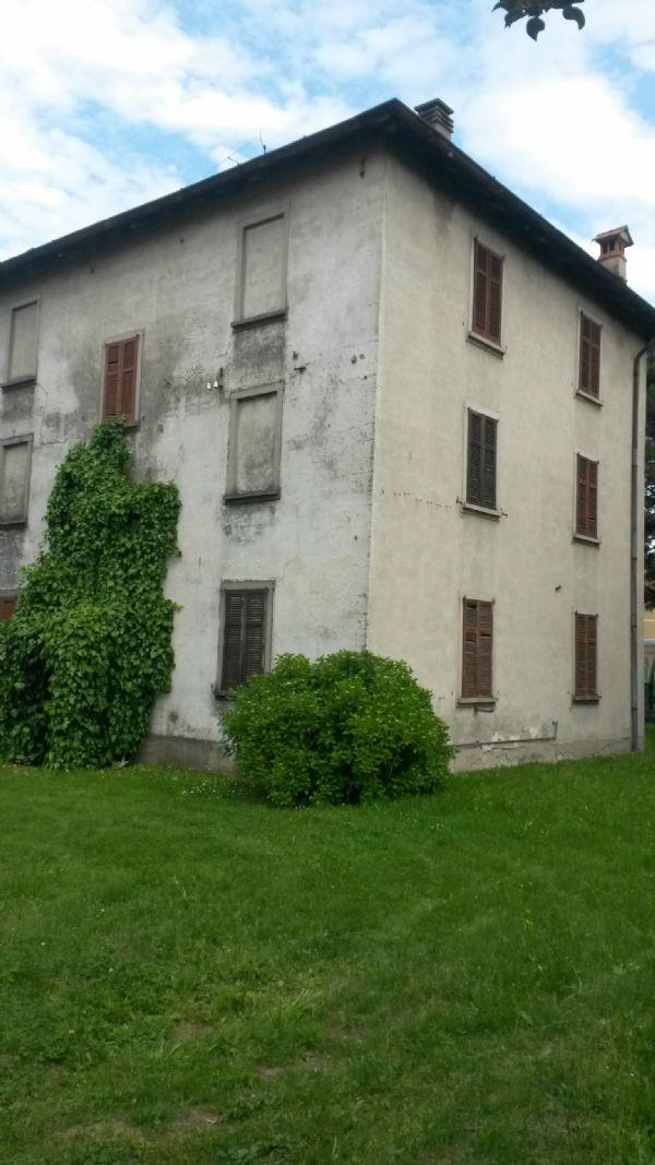 Immobile Commerciale in vendita a Colverde, 15 locali, prezzo € 350.000 | CambioCasa.it