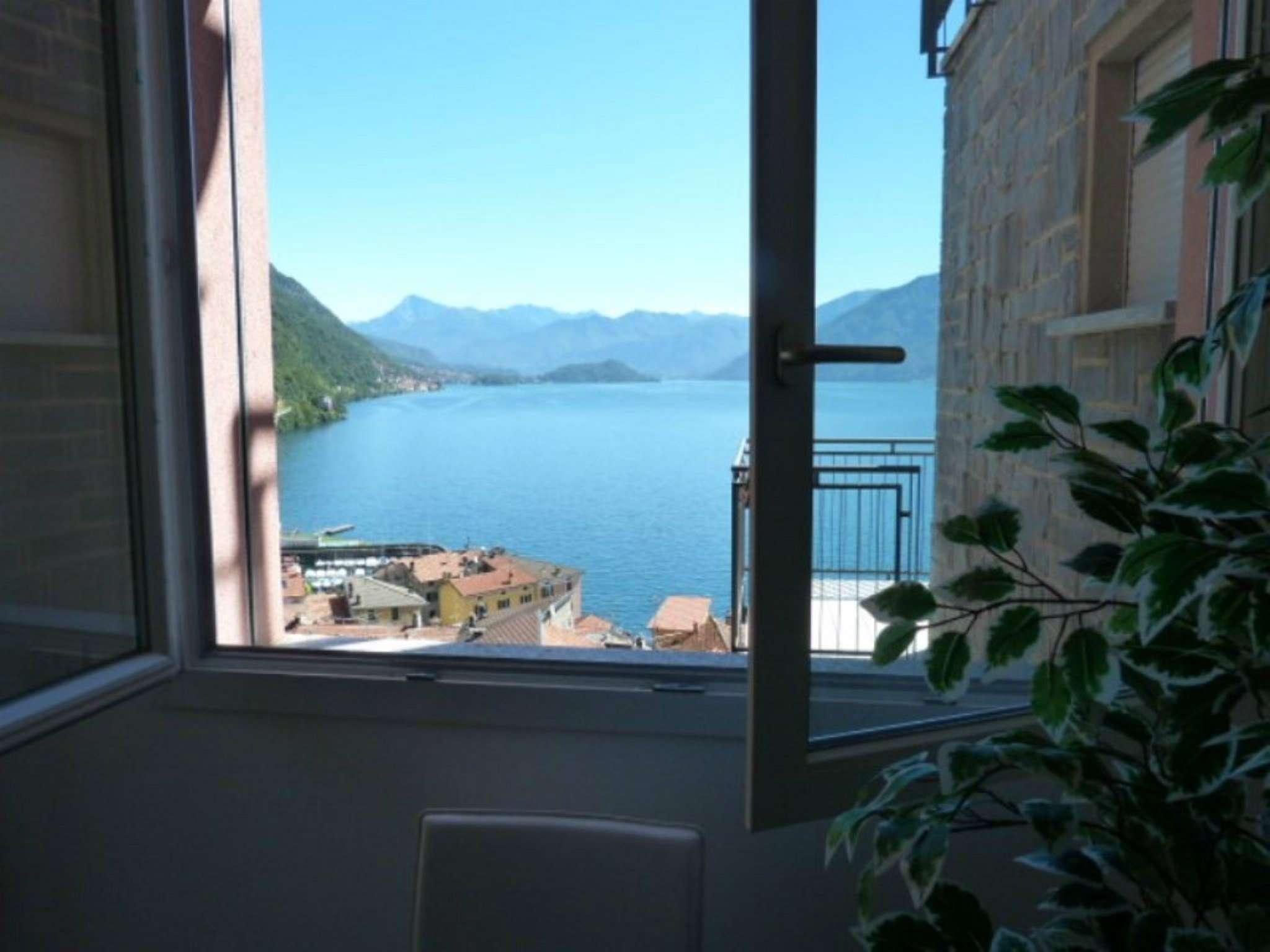Appartamento in vendita a Argegno, 4 locali, prezzo € 385.000 | CambioCasa.it
