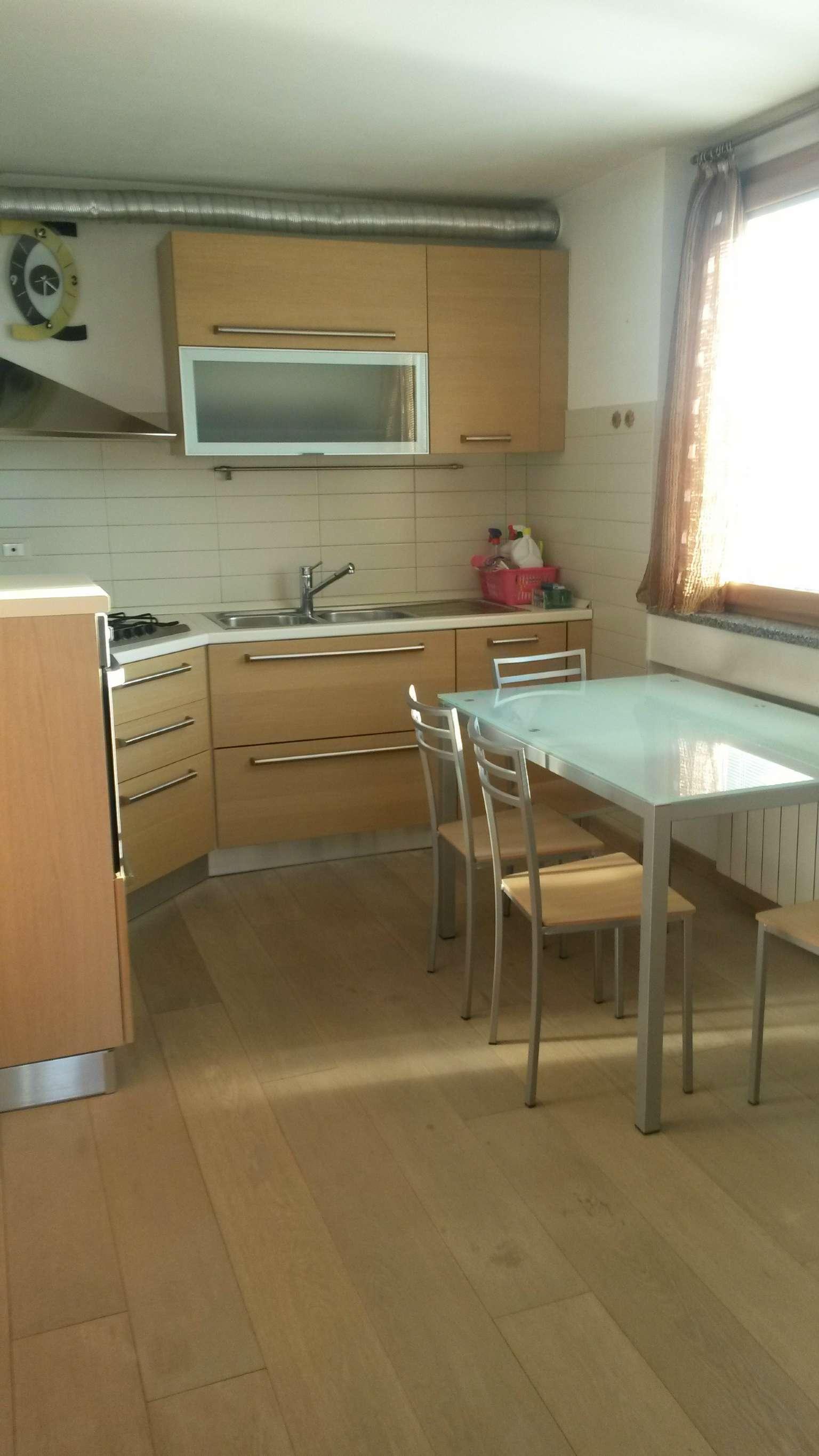 Appartamento in vendita a Guanzate, 3 locali, prezzo € 160.000 | CambioCasa.it