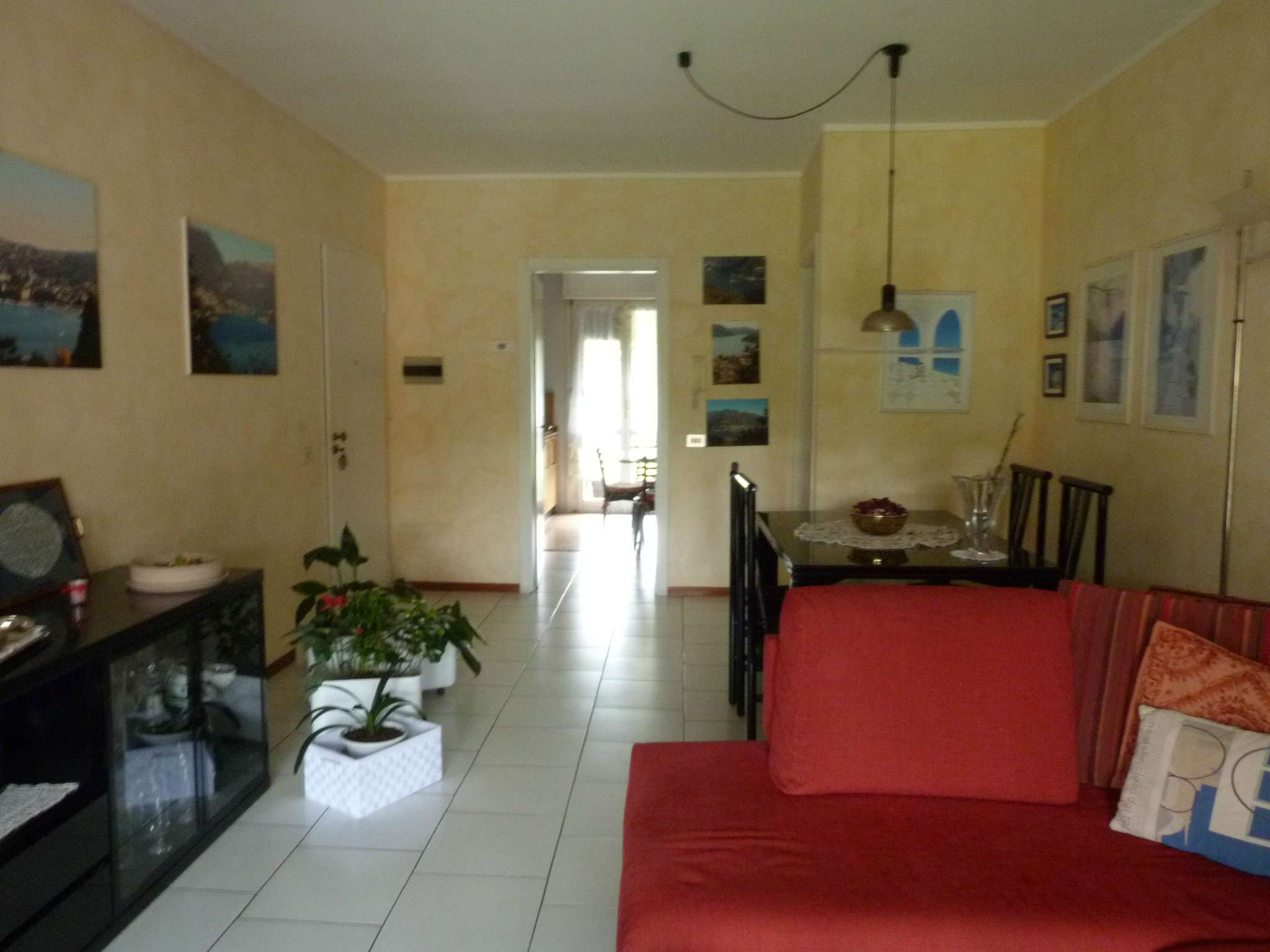 Appartamento in affitto a San Fermo della Battaglia, 3 locali, prezzo € 900 | CambioCasa.it