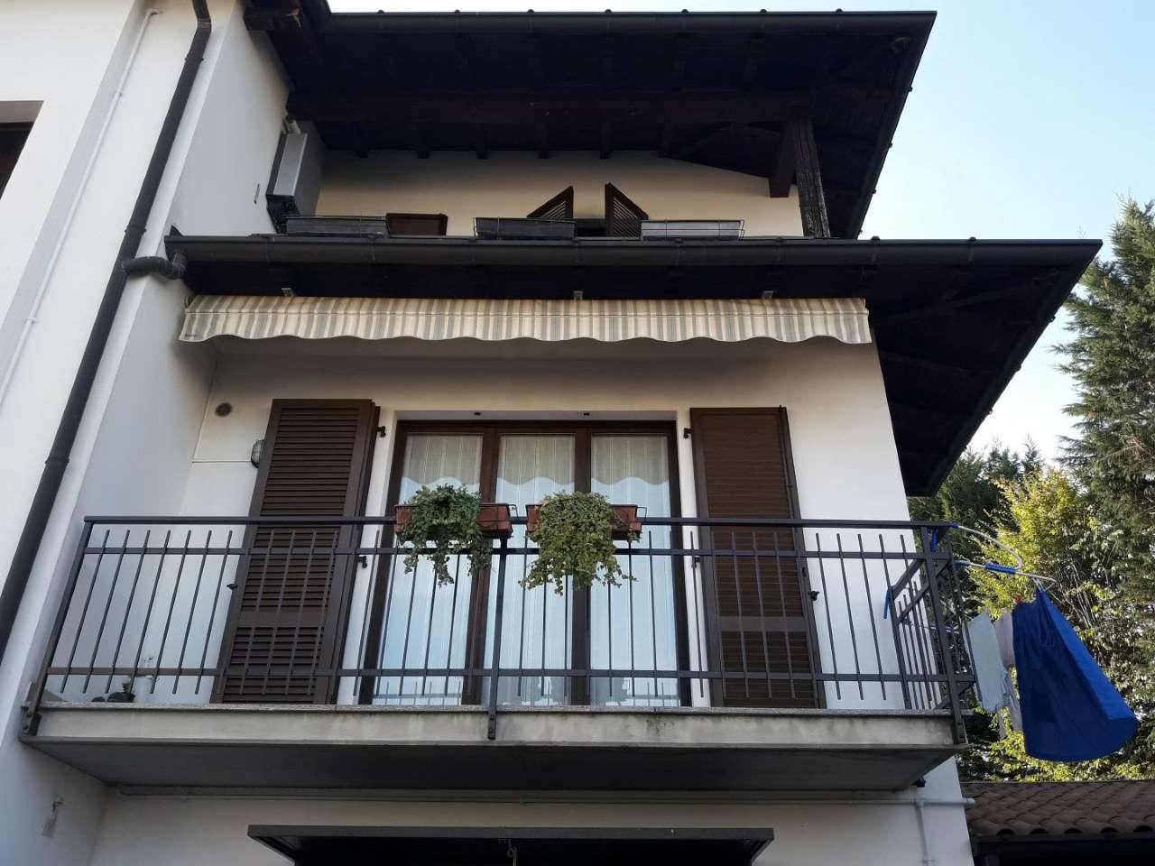 Appartamento in vendita a Olgiate Comasco, 5 locali, prezzo € 174.000 | CambioCasa.it
