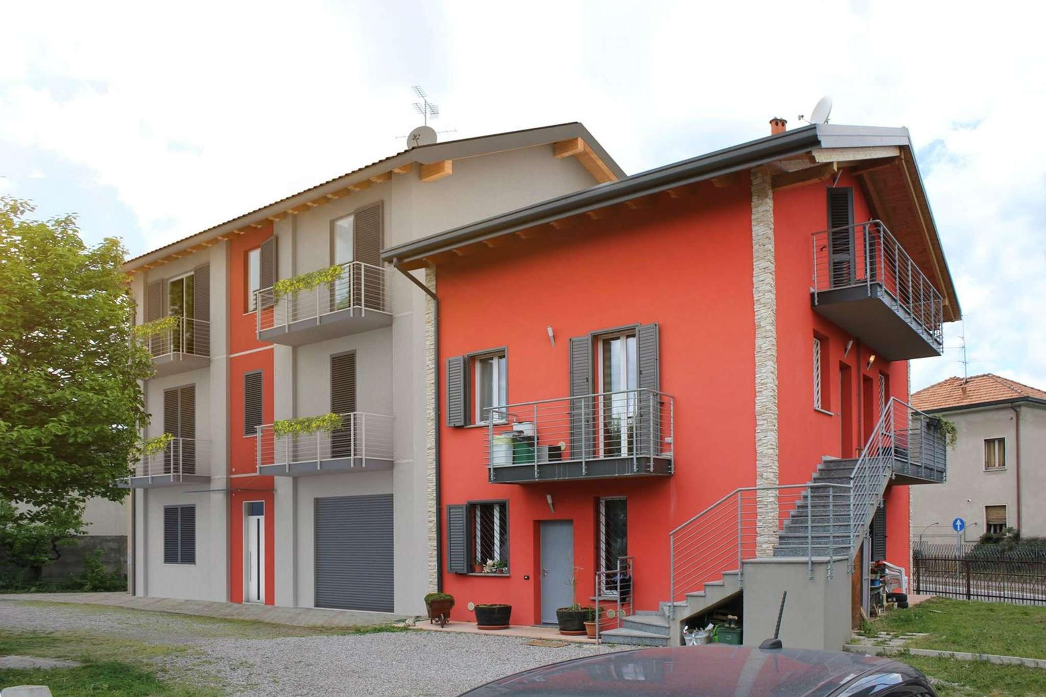 Appartamento in vendita a Appiano Gentile, 4 locali, prezzo € 220.000 | CambioCasa.it