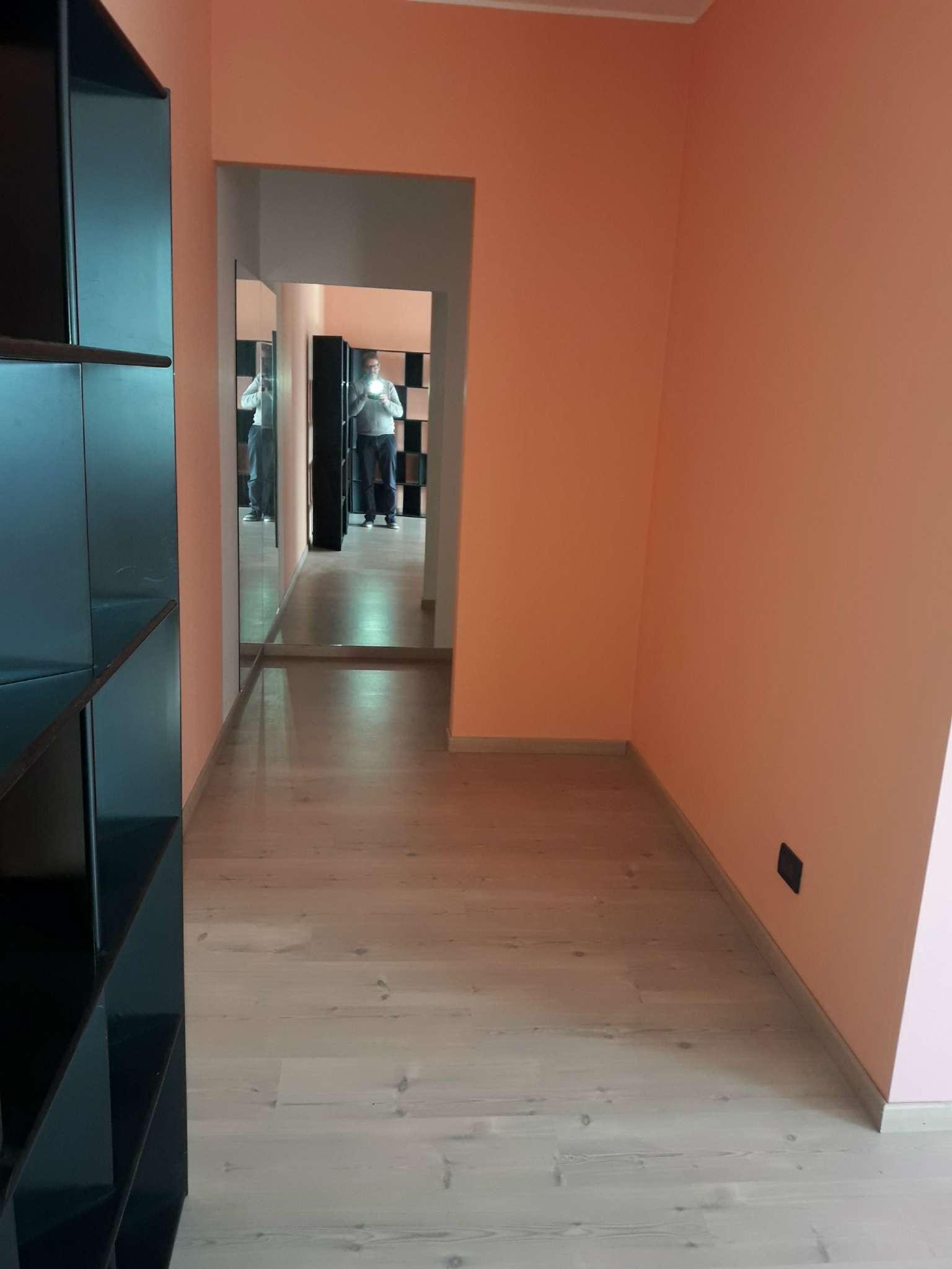 Ufficio / Studio in affitto a Villa Guardia, 2 locali, prezzo € 550 | PortaleAgenzieImmobiliari.it