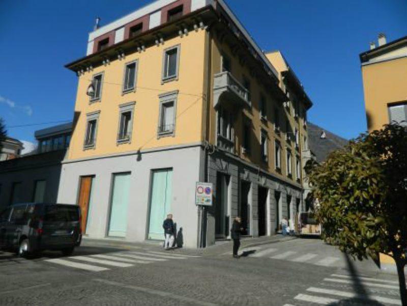 Negozio / Locale in vendita a Sondrio, 9999 locali, Trattative riservate | CambioCasa.it
