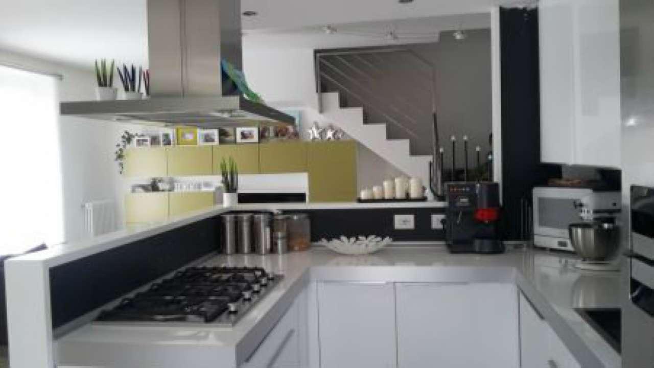 Villa Bifamiliare in vendita a Montagna in Valtellina, 6 locali, prezzo € 350.000 | PortaleAgenzieImmobiliari.it