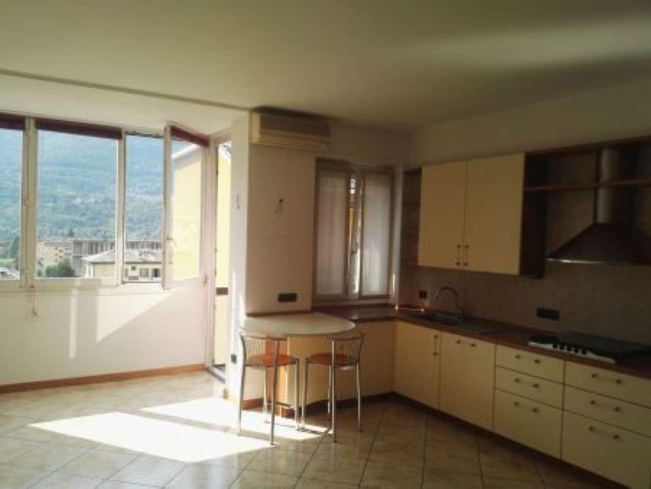 Appartamento in affitto a Sondrio, 3 locali, Trattative riservate | CambioCasa.it