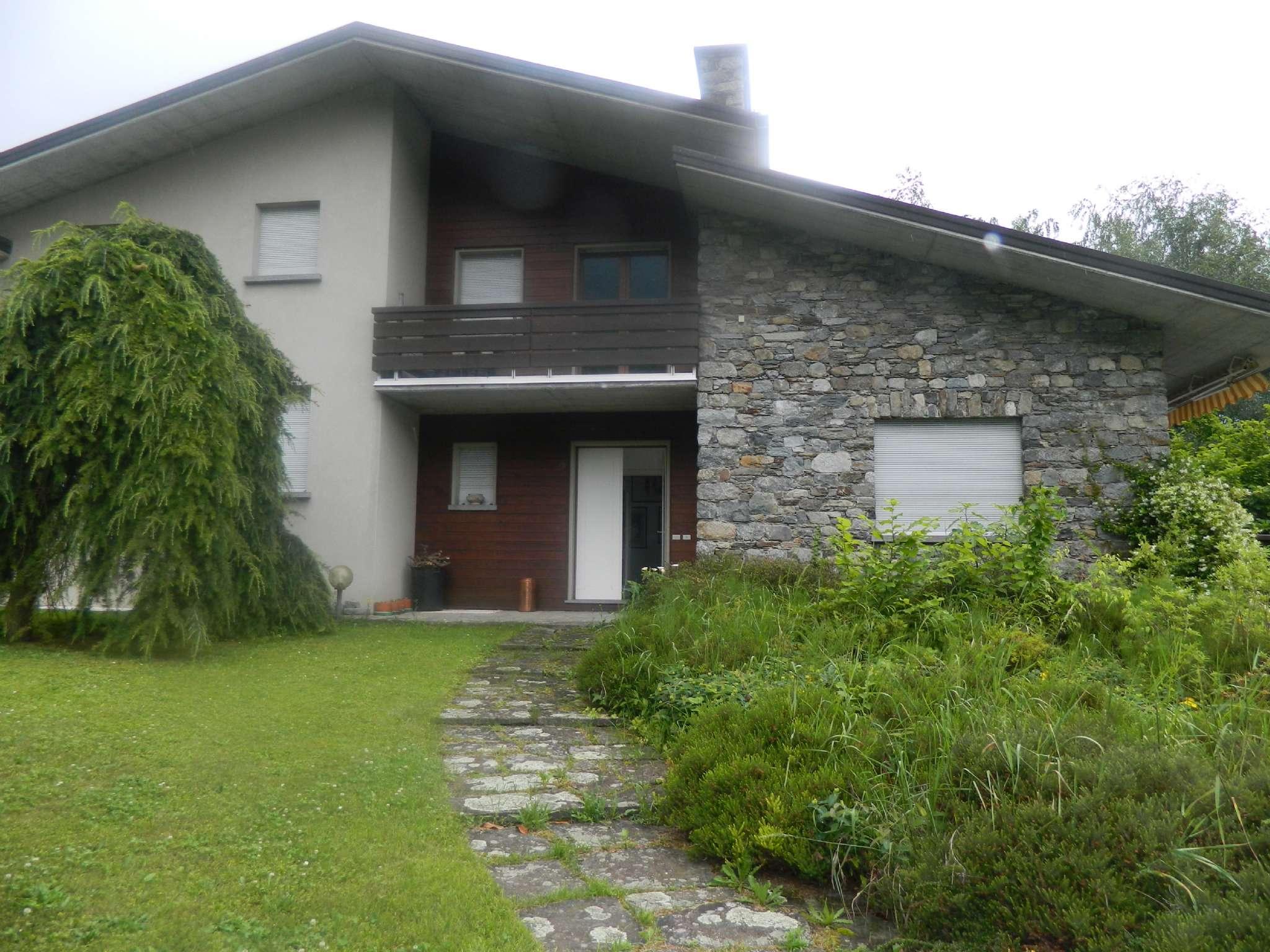 Villa in vendita a Tresivio, 9999 locali, Trattative riservate   CambioCasa.it
