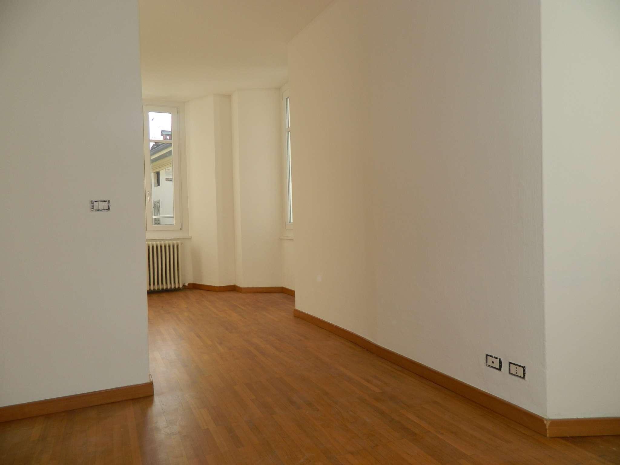 Appartamento in affitto a Sondrio, 4 locali, prezzo € 430 | CambioCasa.it