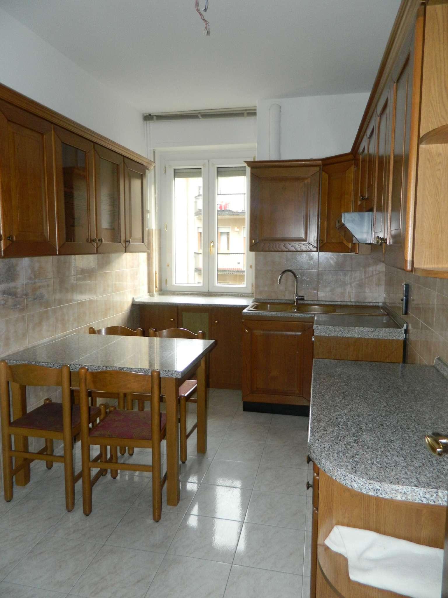 Appartamento in affitto a Sondrio, 5 locali, prezzo € 480 | CambioCasa.it