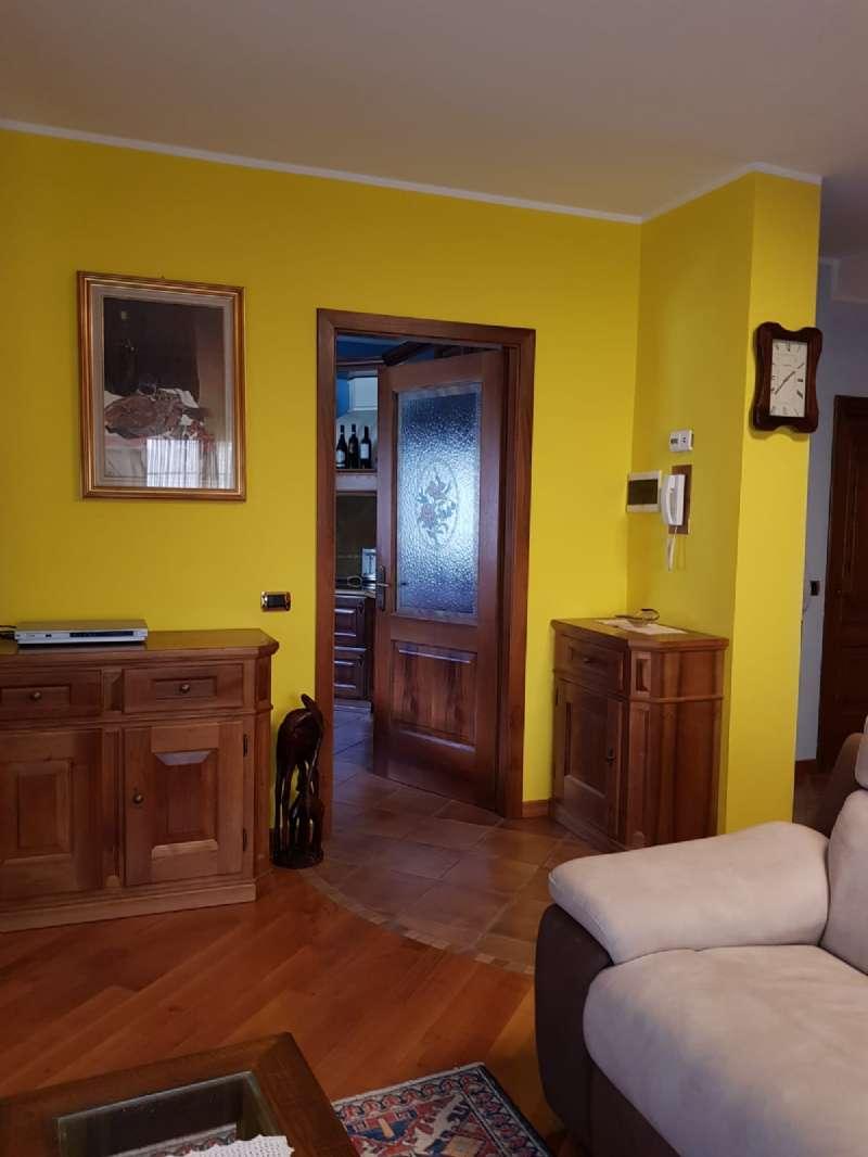 Soluzione Indipendente in vendita a Tirano, 6 locali, Trattative riservate | CambioCasa.it