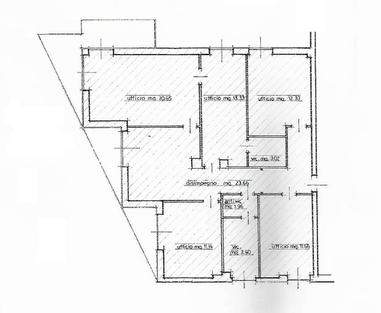 Ufficio / Studio in vendita a Sondrio, 6 locali, prezzo € 170.000 | CambioCasa.it