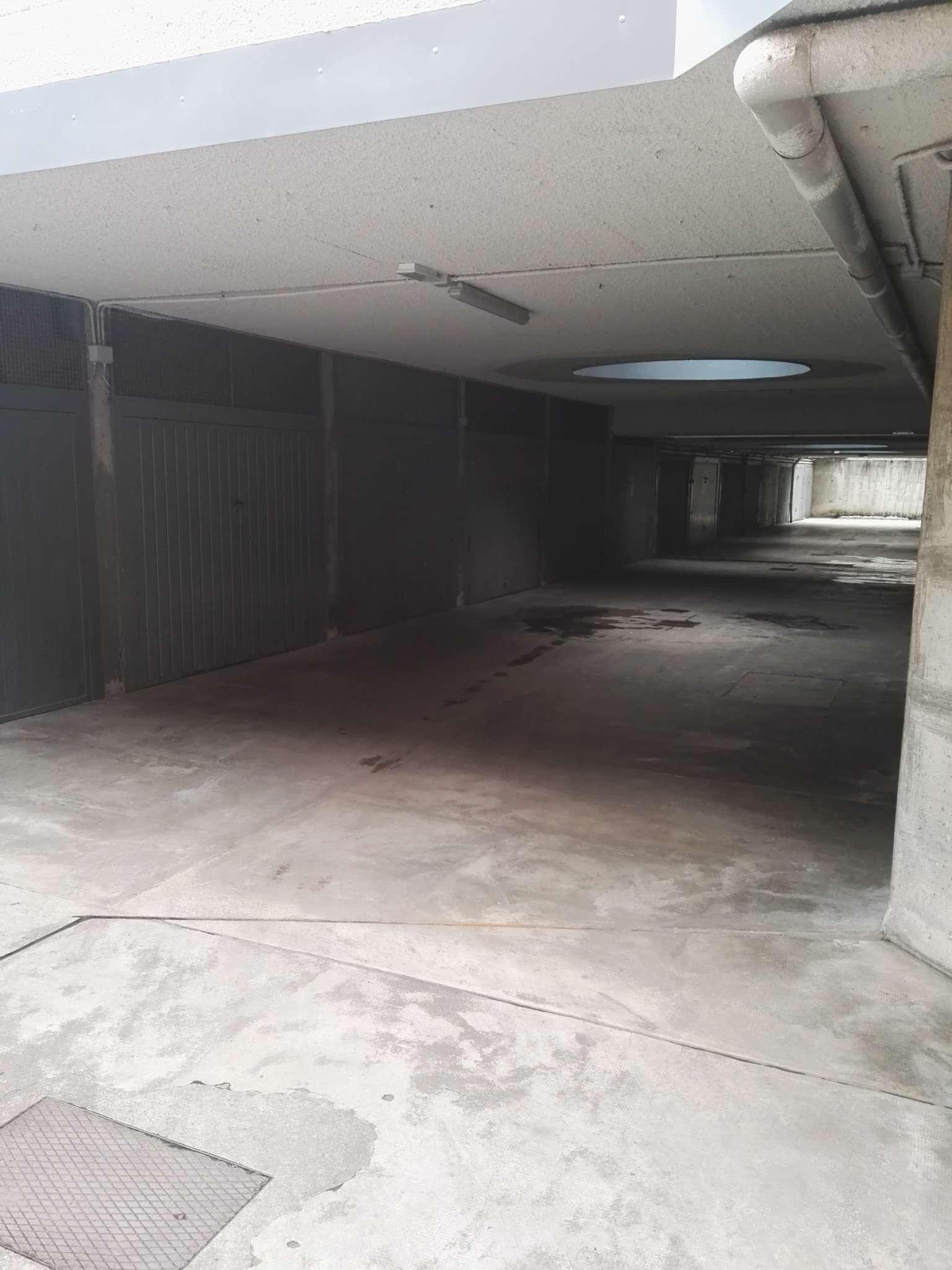 Box / Garage in vendita a Sondrio, 9999 locali, Trattative riservate | CambioCasa.it