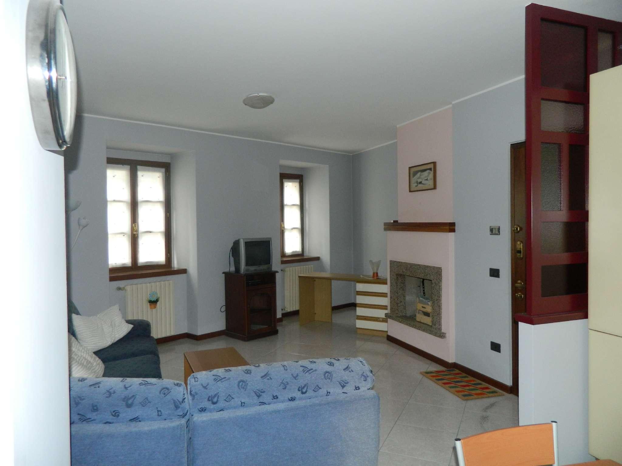 Appartamento in affitto a Sondrio, 2 locali, prezzo € 450 | CambioCasa.it