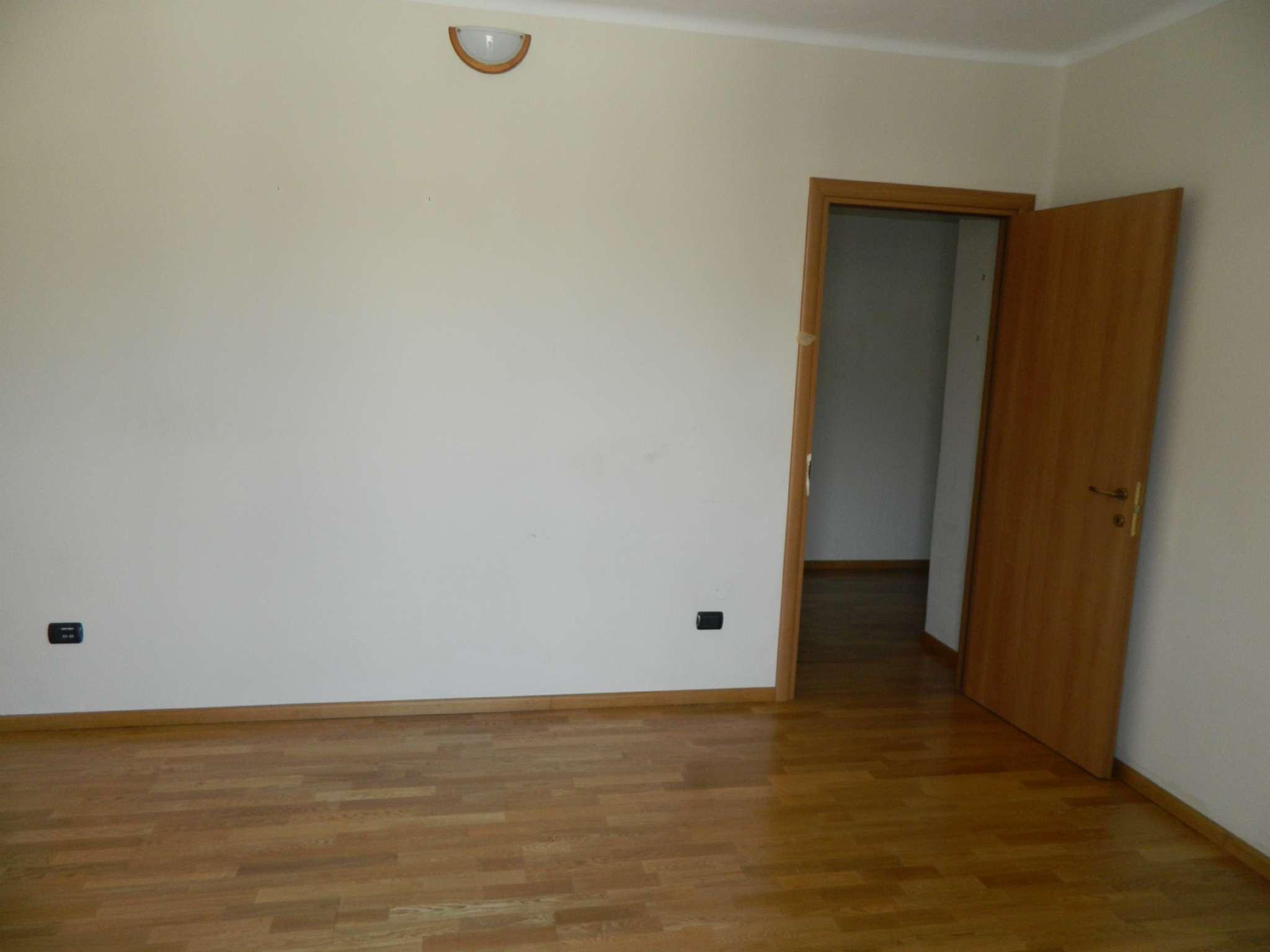 Appartamento in affitto a Sondrio, 3 locali, prezzo € 420 | CambioCasa.it
