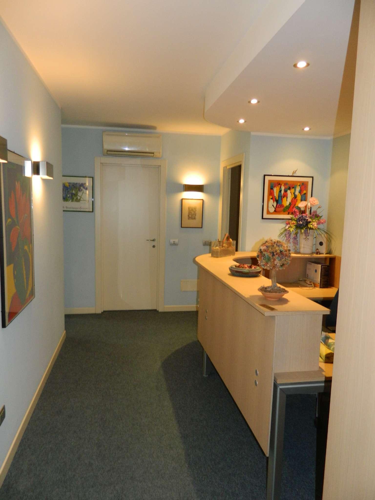 Ufficio / Studio in vendita a Sondrio, 3 locali, prezzo € 140.000 | PortaleAgenzieImmobiliari.it