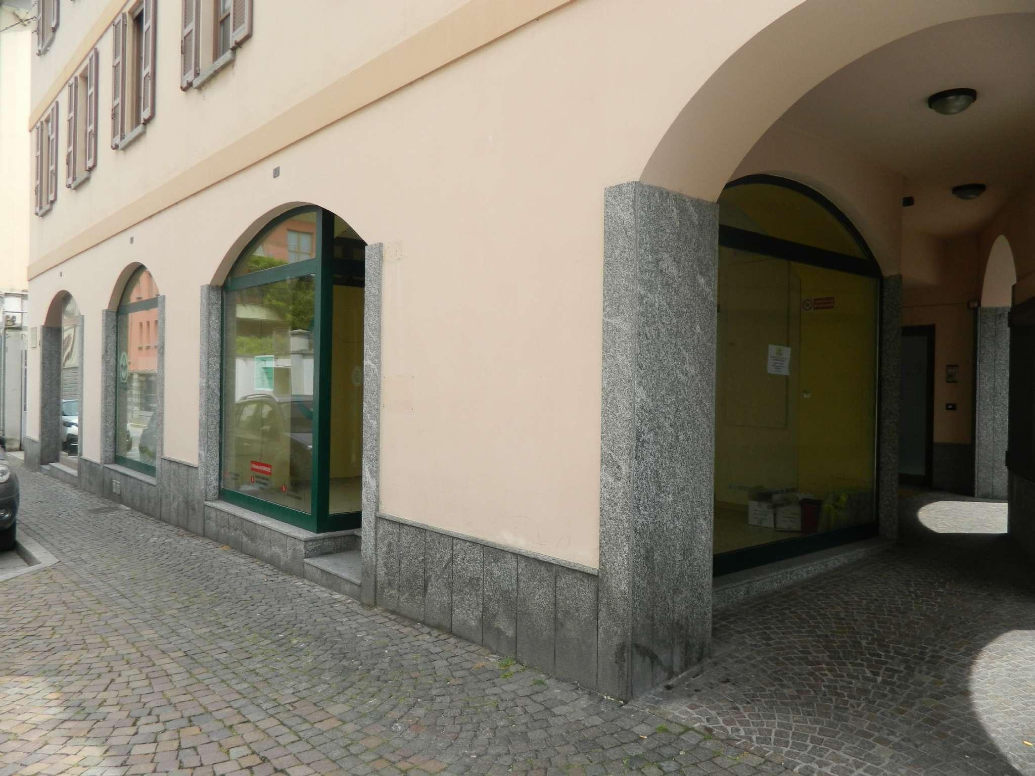 Negozio / Locale in affitto a Sondrio, 2 locali, prezzo € 900 | PortaleAgenzieImmobiliari.it