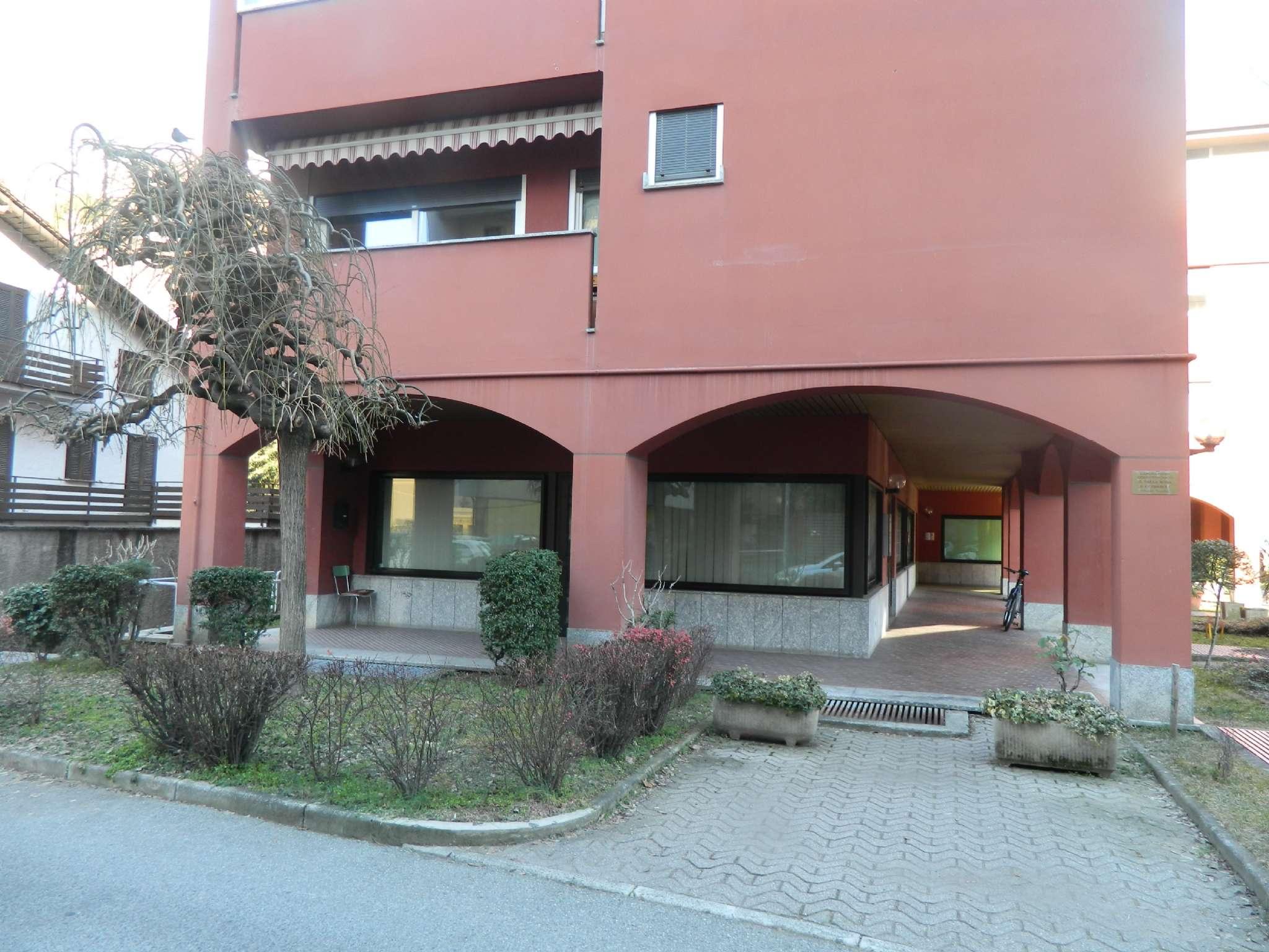 Negozio / Locale in vendita a Sondrio, 9999 locali, Trattative riservate | PortaleAgenzieImmobiliari.it