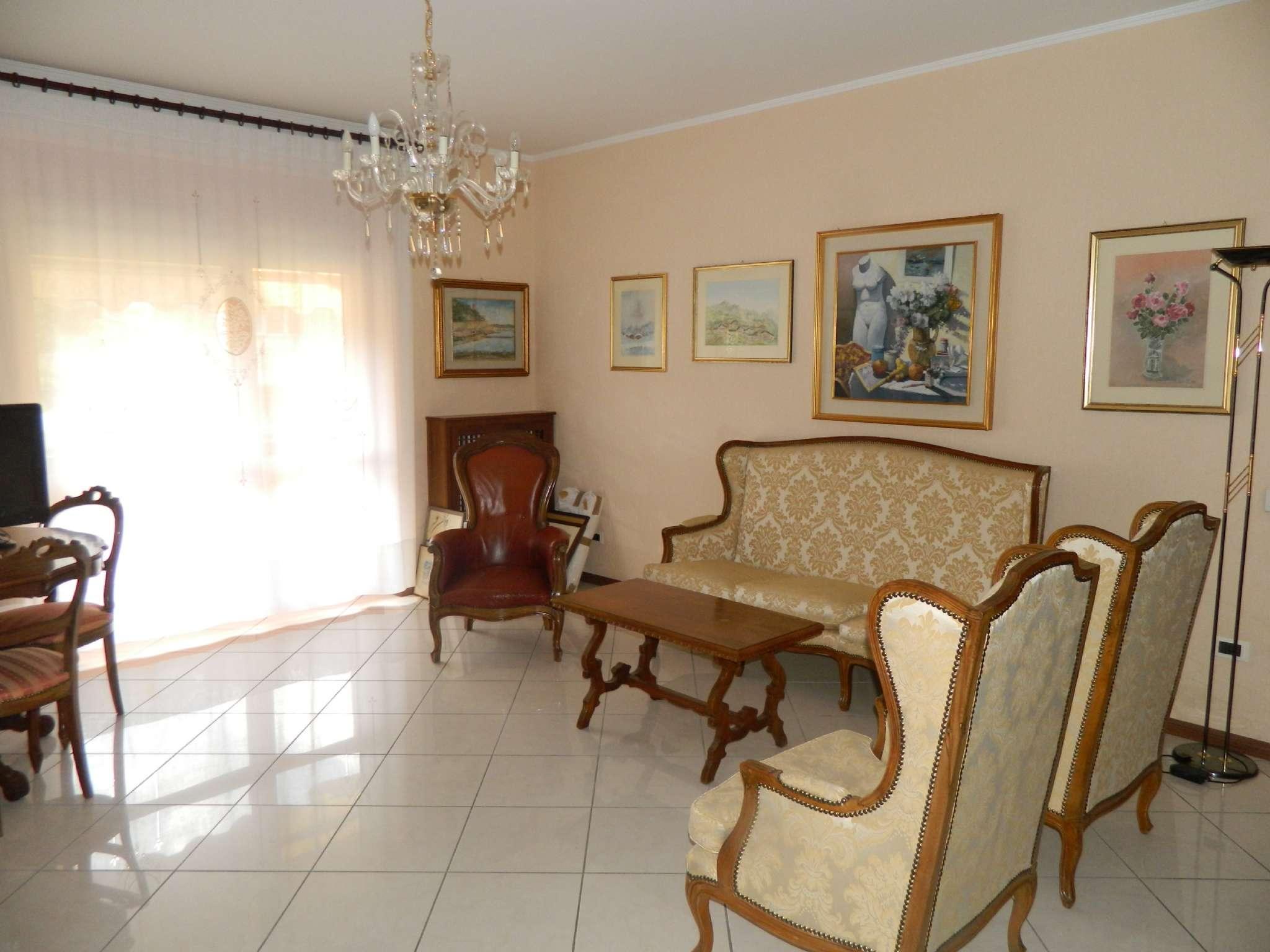 Appartamento in affitto a Sondrio, 4 locali, Trattative riservate | CambioCasa.it