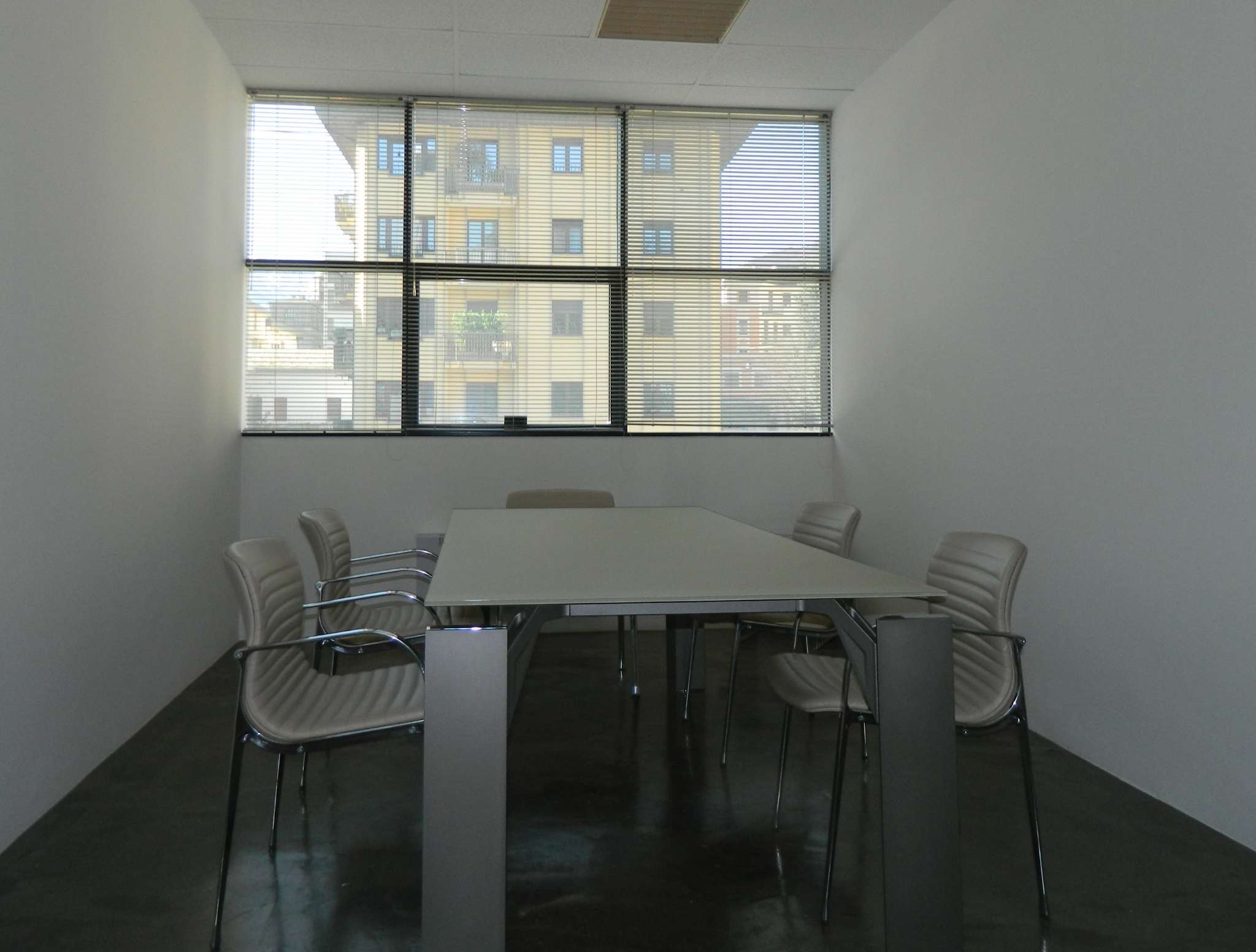 Ufficio / Studio in affitto a Sondrio, 4 locali, Trattative riservate   PortaleAgenzieImmobiliari.it