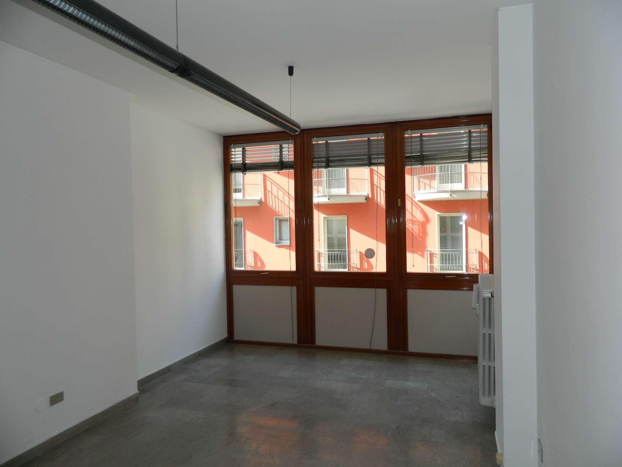 Ufficio / Studio in affitto a Sondrio, 1 locali, prezzo € 500 | CambioCasa.it