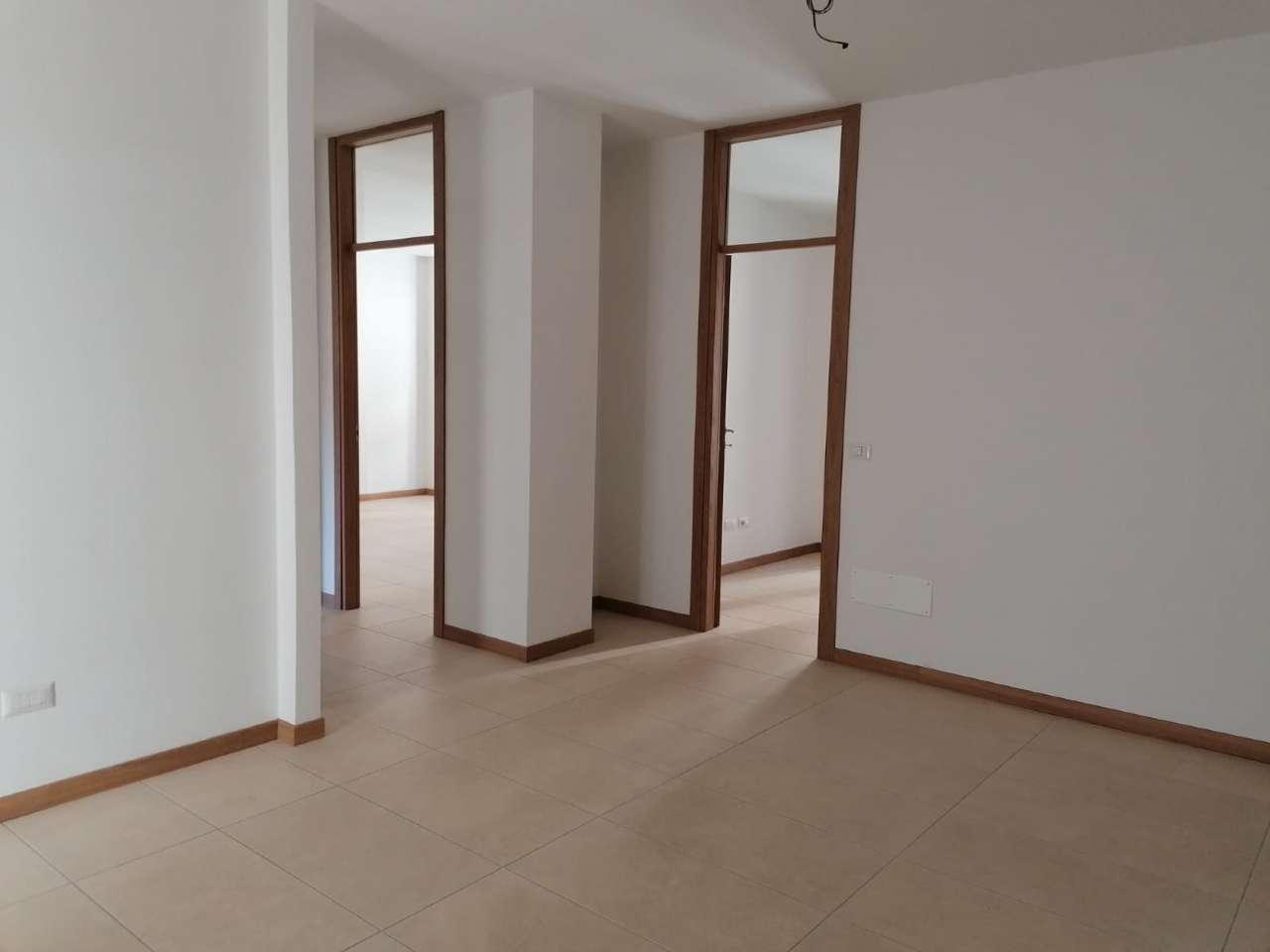 Ufficio / Studio in vendita a Sondrio, 4 locali, prezzo € 150.000 | CambioCasa.it