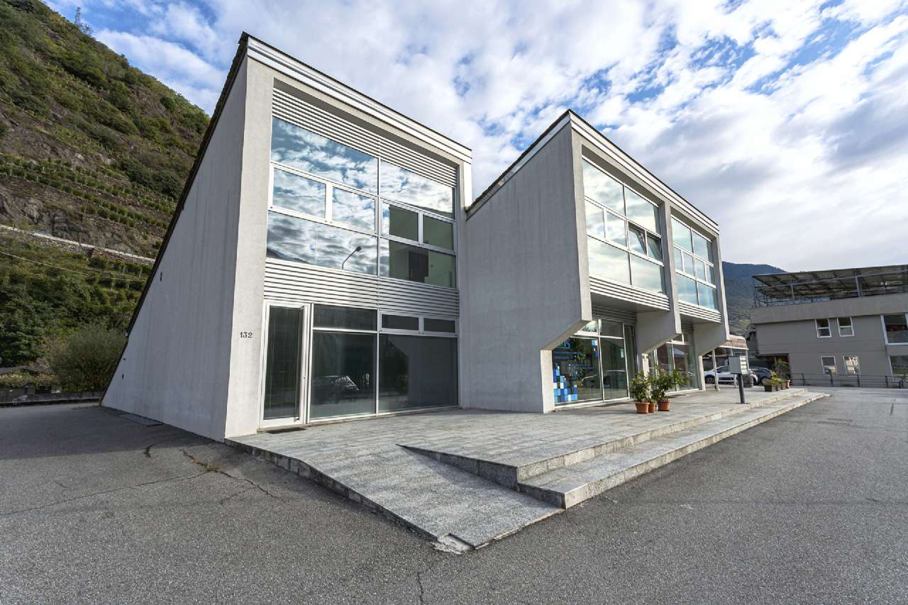 Negozio / Locale in vendita a Sondrio, 2 locali, Trattative riservate | CambioCasa.it