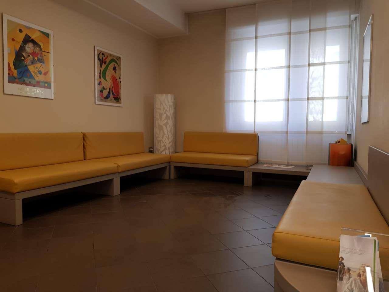 Ufficio / Studio in affitto a Sondrio, 6 locali, Trattative riservate | PortaleAgenzieImmobiliari.it