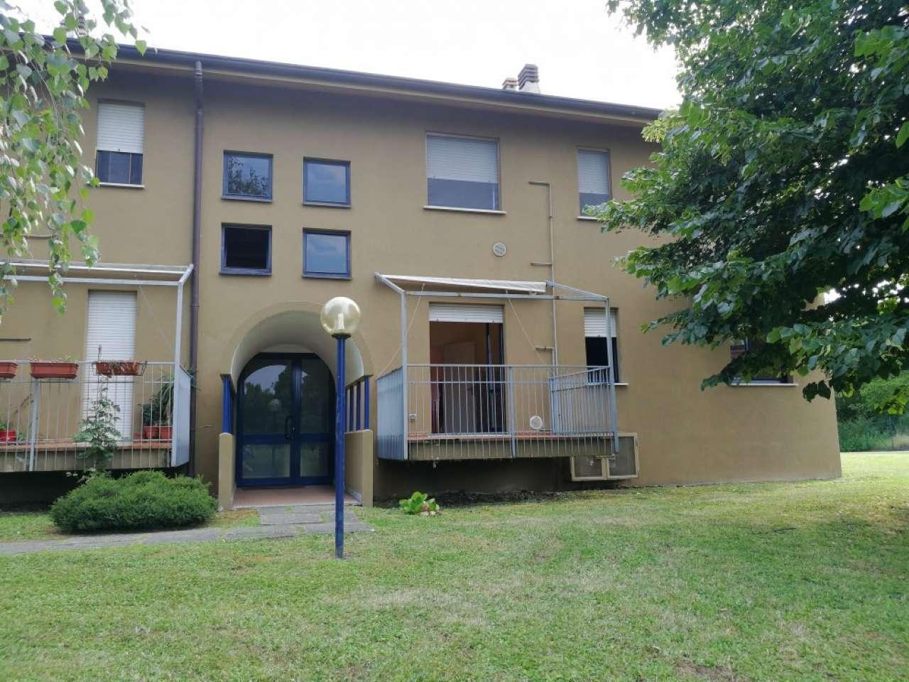 Appartamento in condizioni mediocri in vendita Rif. 7475260