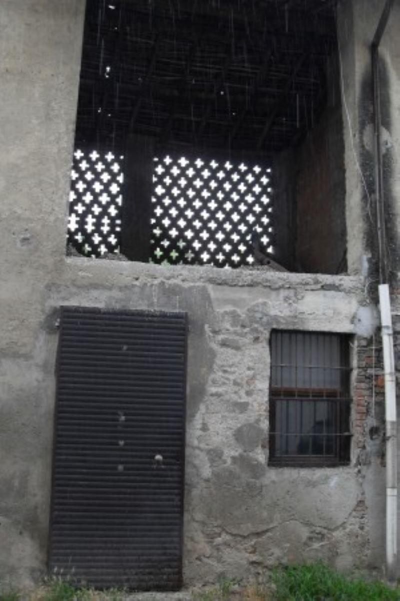 Appartamento da ristrutturare in vendita Rif. 5052471