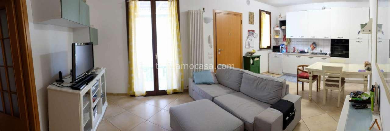 Appartamento in vendita a San Giovanni in Marignano, 3 locali, prezzo € 195.000 | CambioCasa.it