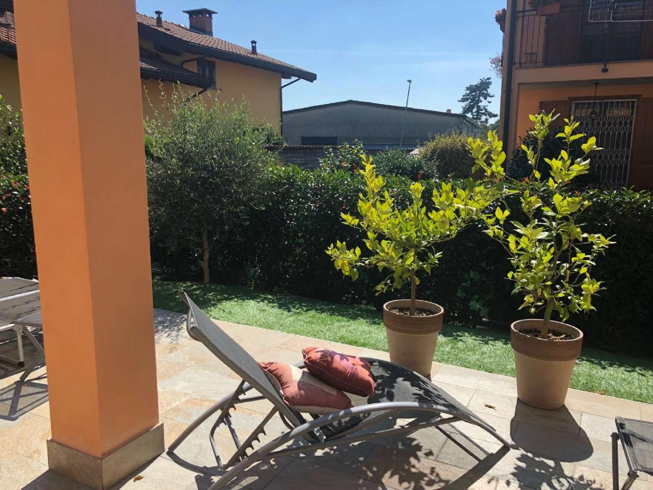 Villa Bifamiliare in vendita a Marano Ticino, 5 locali, prezzo € 248.000   CambioCasa.it