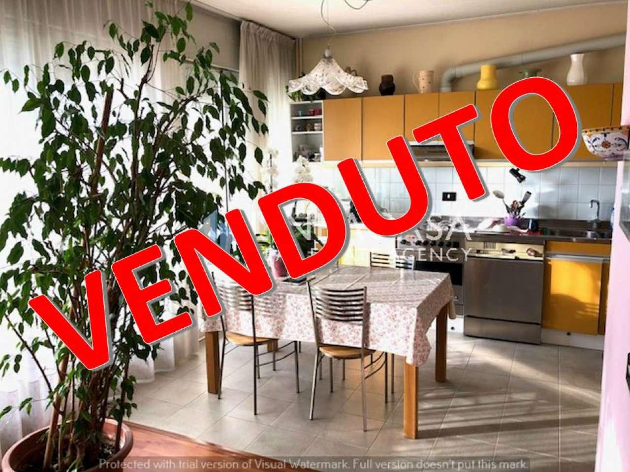 Appartamento in vendita a Buccinasco, 3 locali, prezzo € 180.000 | CambioCasa.it