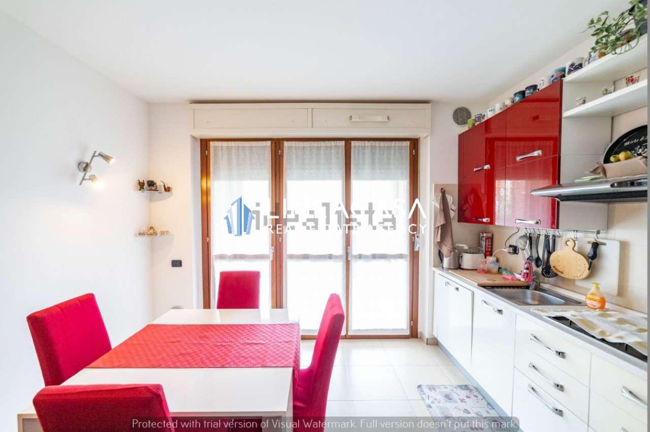 Appartamento in vendita a Trezzano sul Naviglio, 2 locali, prezzo € 178.000   CambioCasa.it