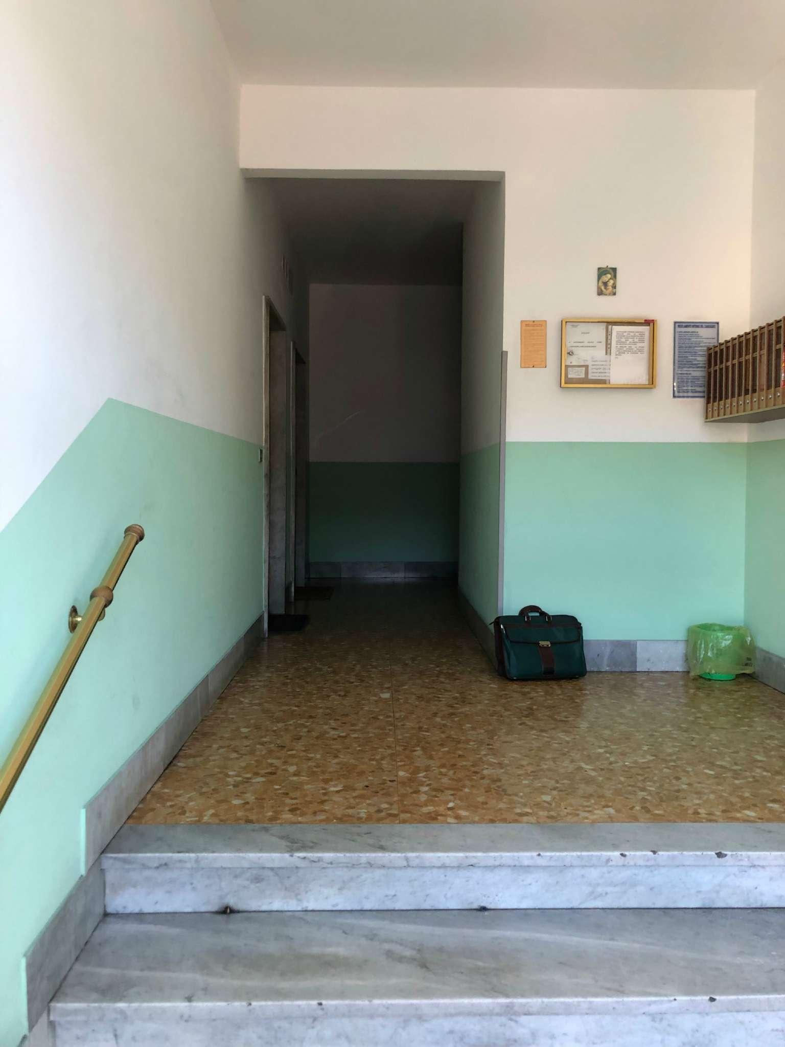 Foto 9 di Quadrilocale Genova