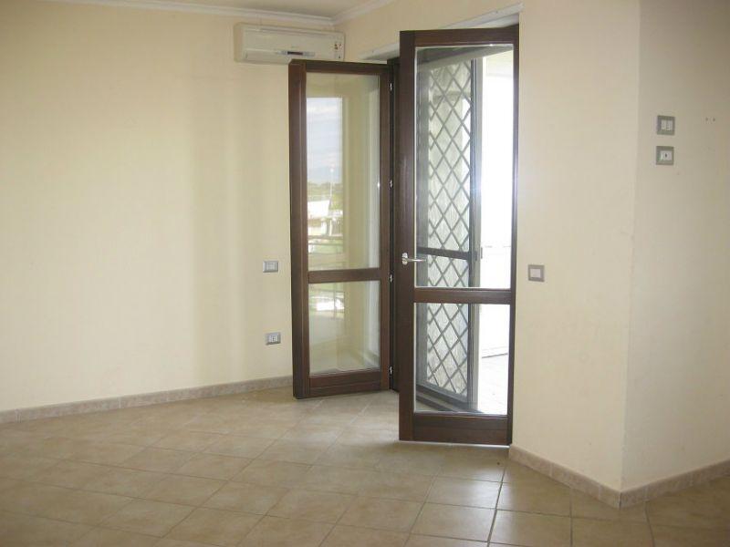 Appartamento in buone condizioni in affitto Rif. 6108233