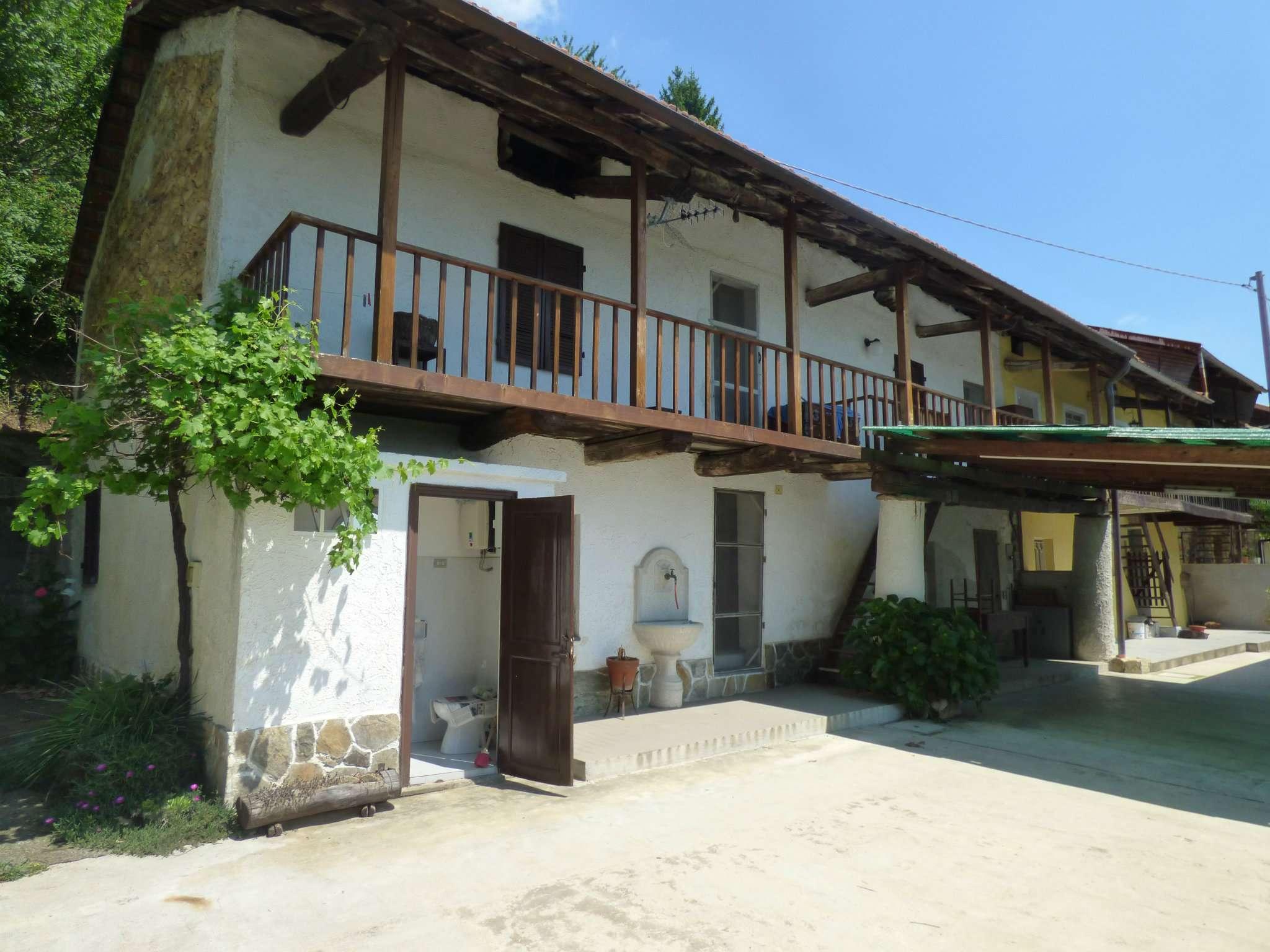 Rustico / Casale in vendita a Rocca Canavese, 4 locali, prezzo € 55.000 | CambioCasa.it
