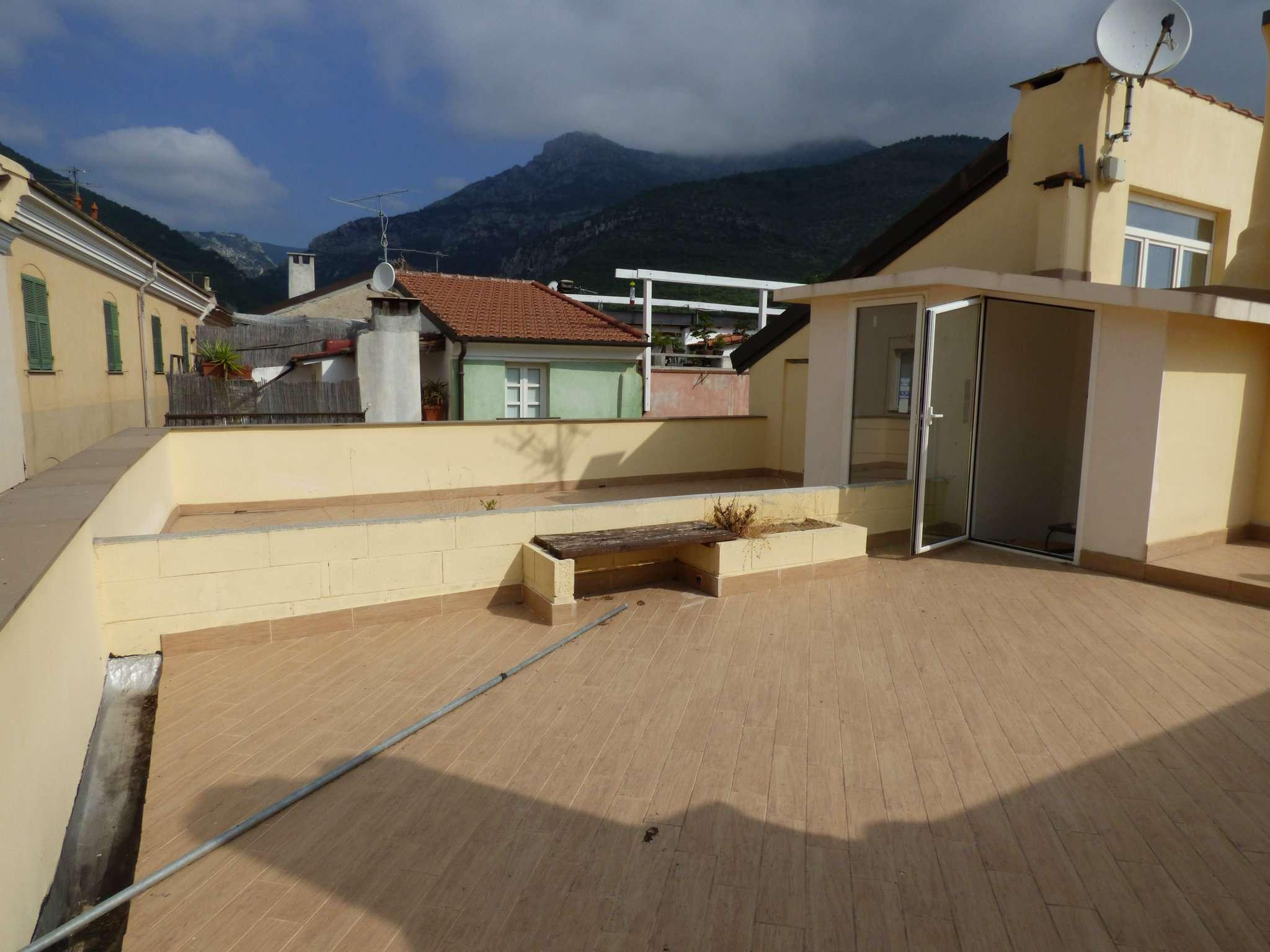 Appartamento in vendita via Parodi 23 Toirano