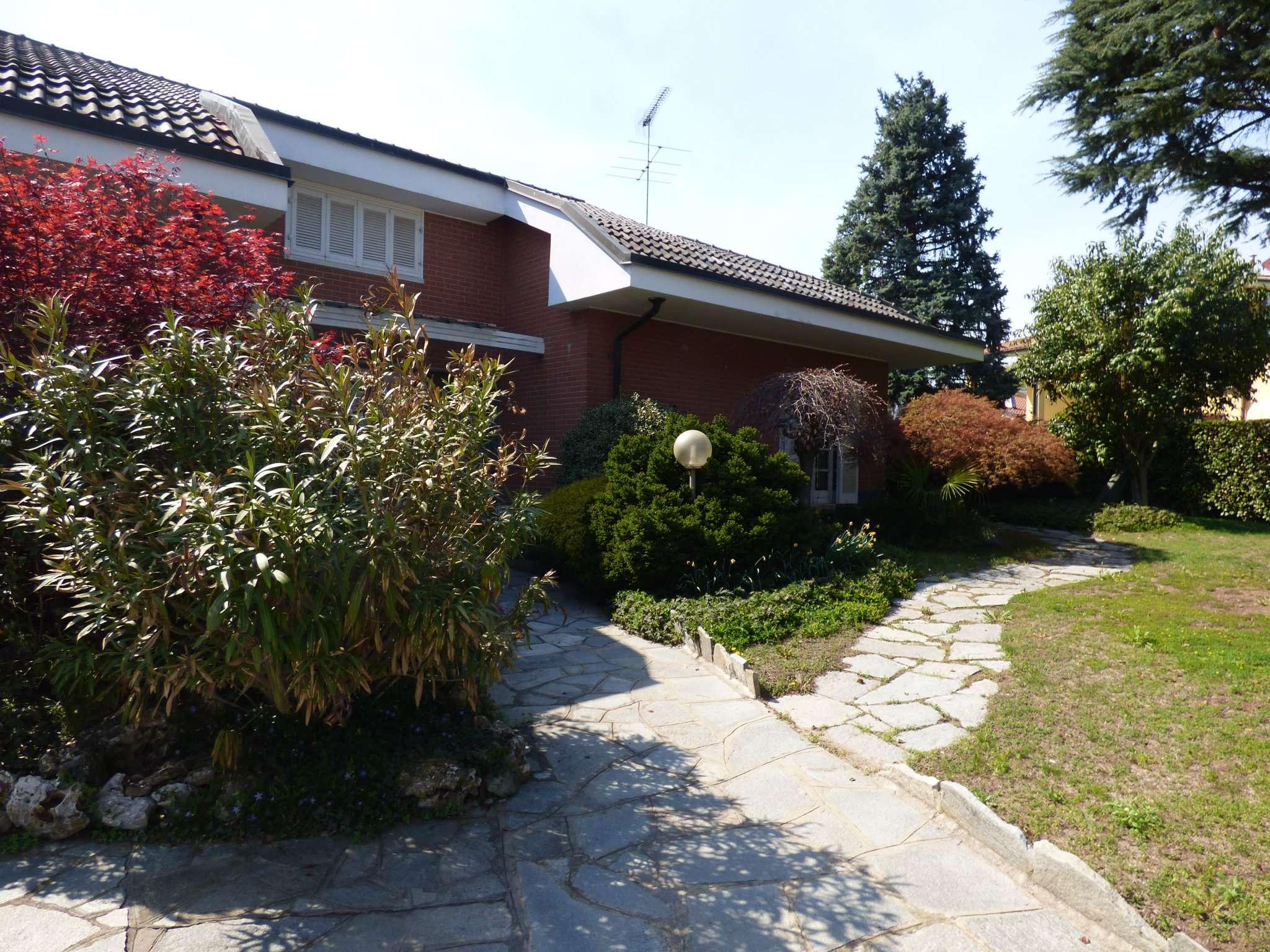 Villa in vendita via Margrot Rosta