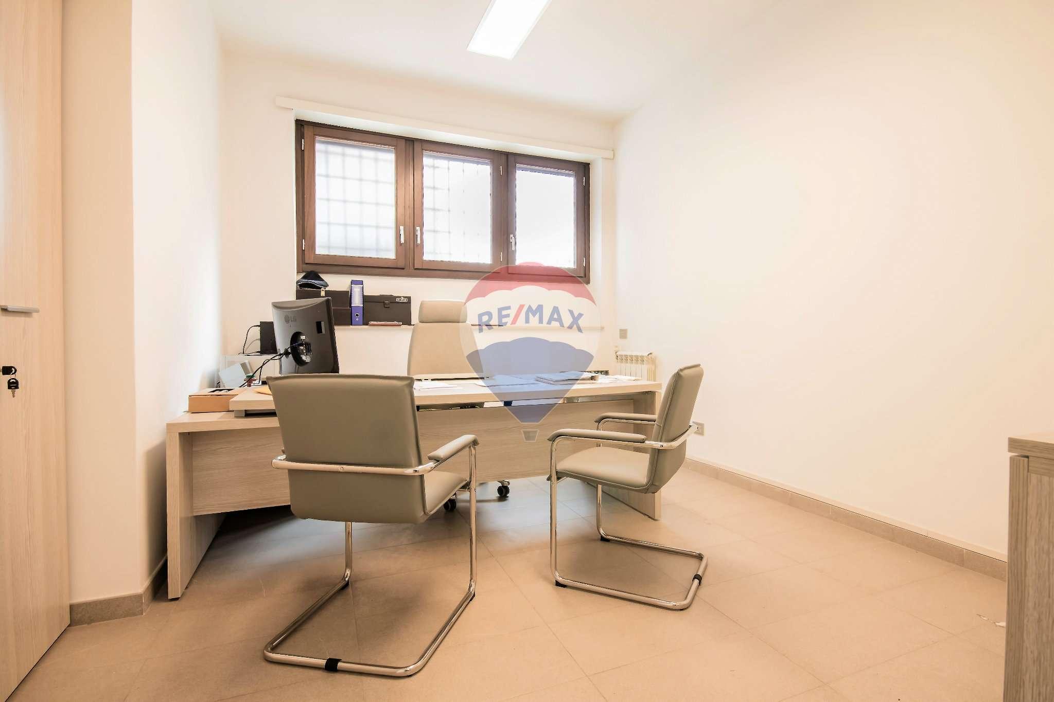 Ufficio In Vendita Roma : Ufficio studio roma vendita u ac zona san giovanni re