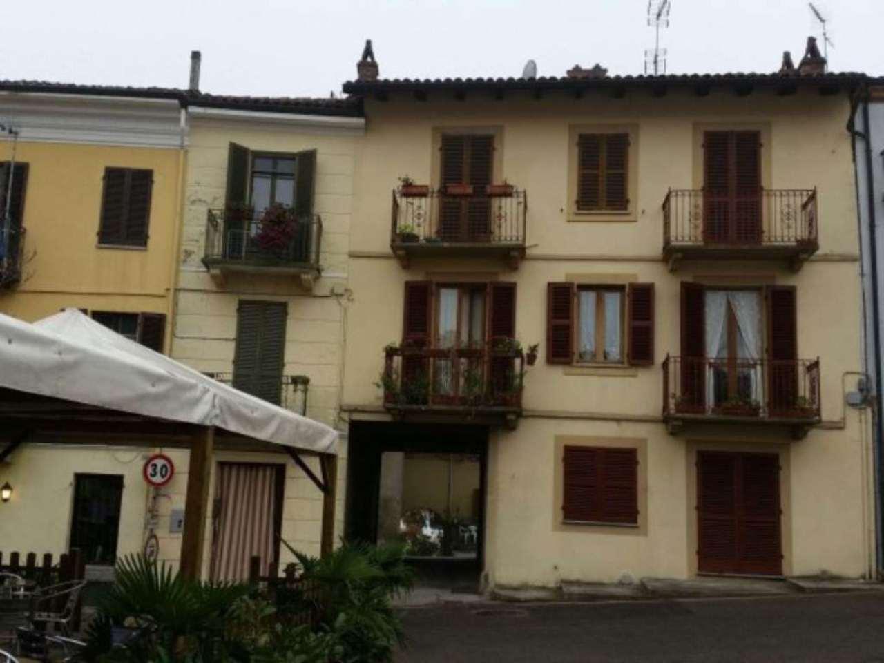 Appartamento in buone condizioni arredato in affitto Rif. 5058879