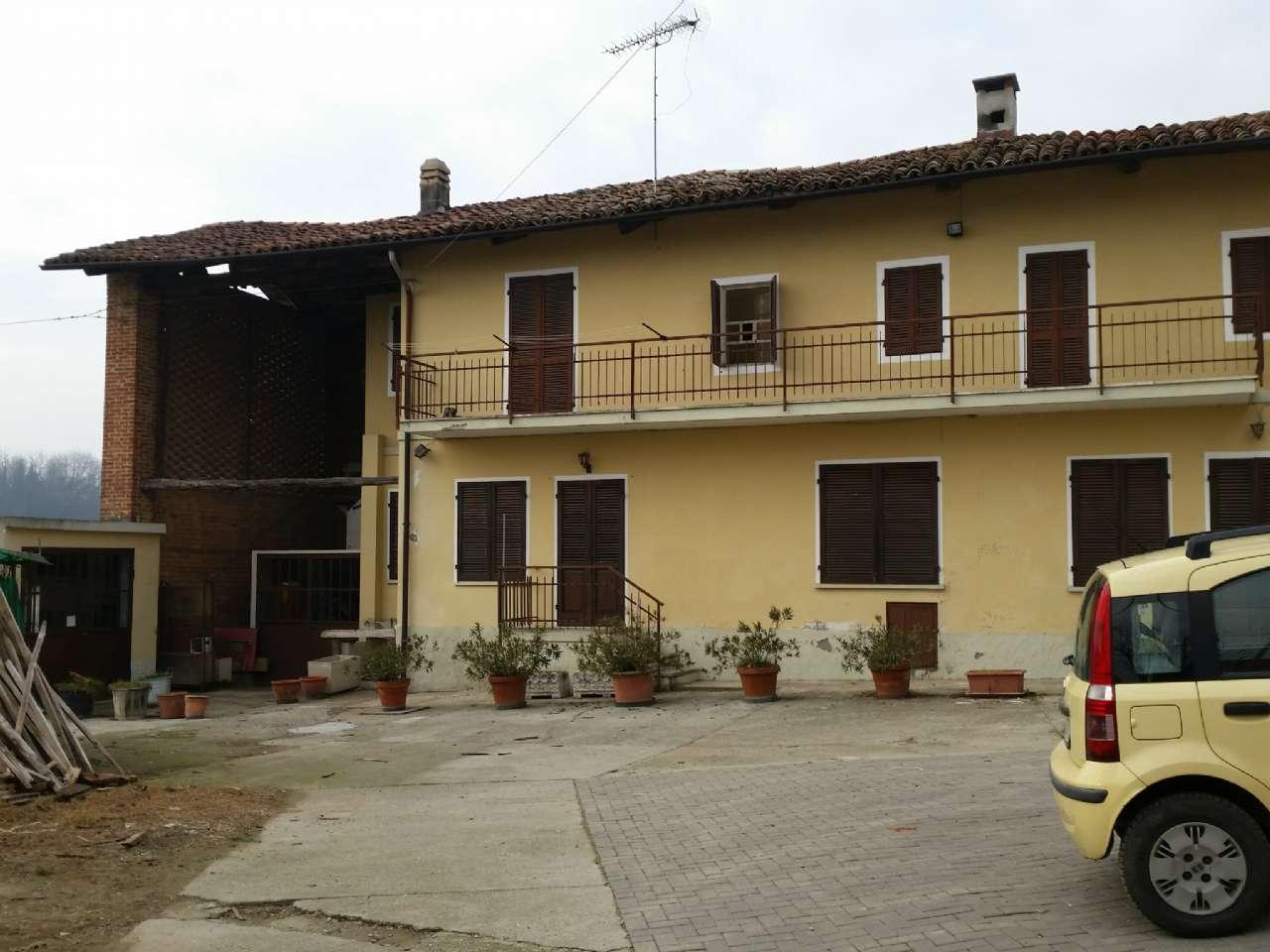 Foto 1 di Casa indipendente Cerreto D'asti