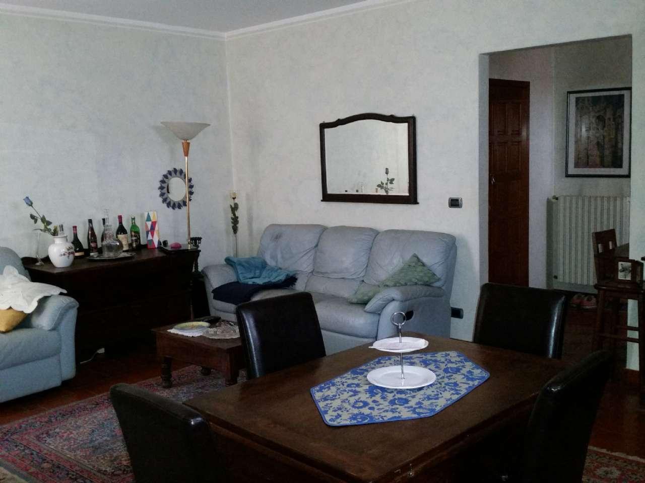Appartamento in buone condizioni in vendita Rif. 5059008
