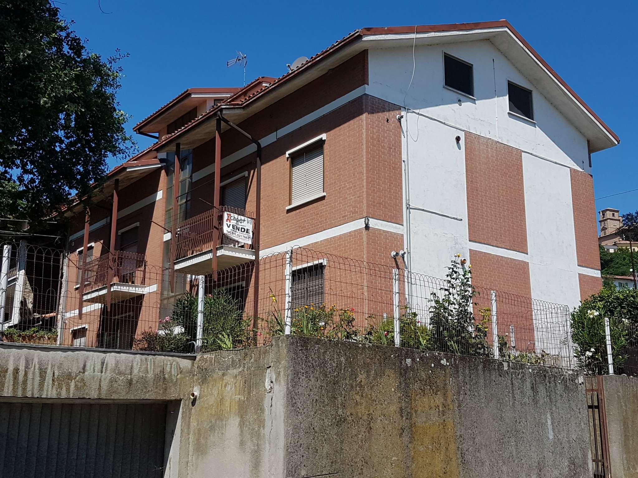 Foto 1 di Palazzo / Stabile Montiglio Monferrato