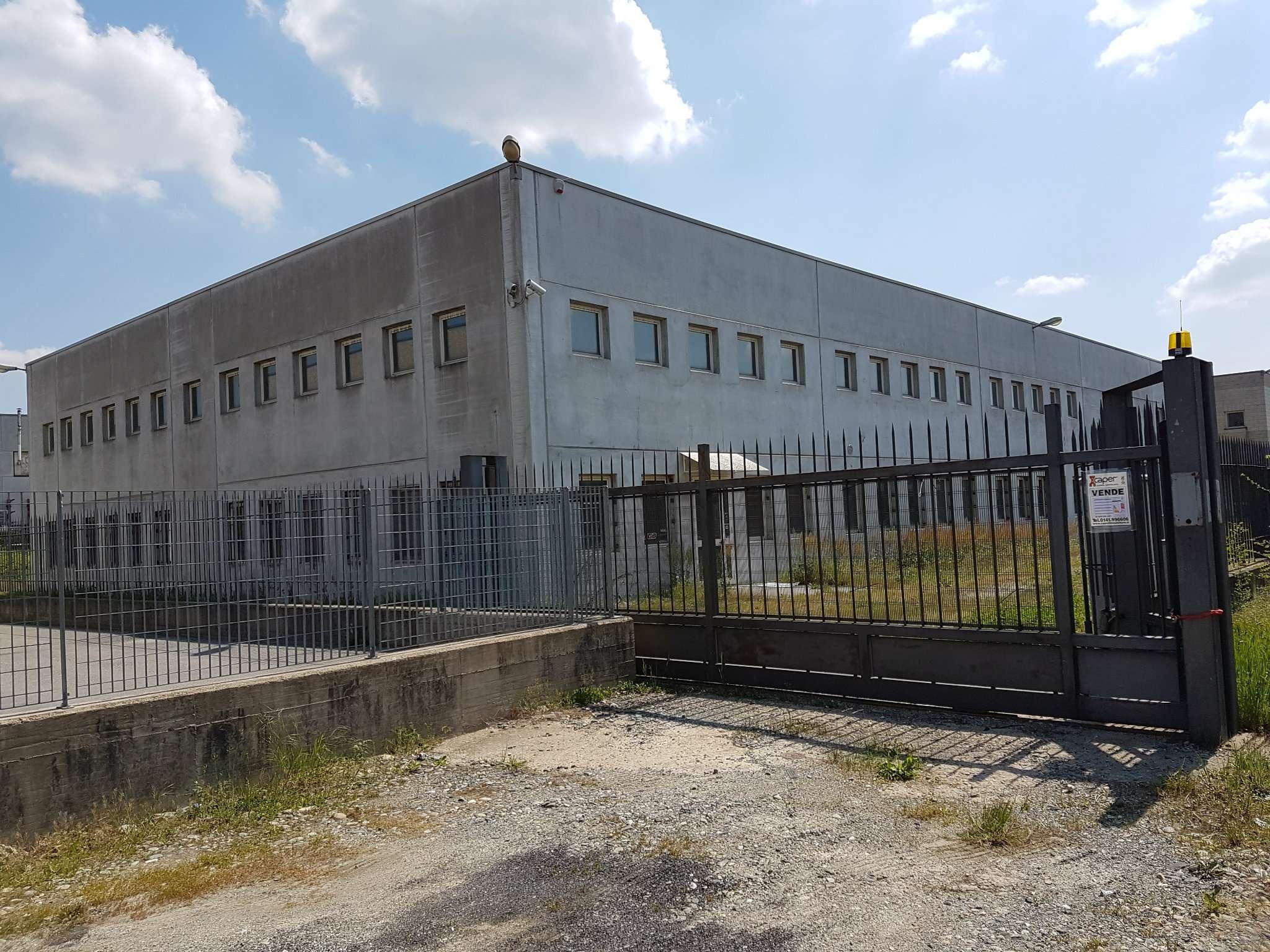 Capannone in vendita a Buttigliera d'Asti, 9999 locali, prezzo € 450.000 | PortaleAgenzieImmobiliari.it