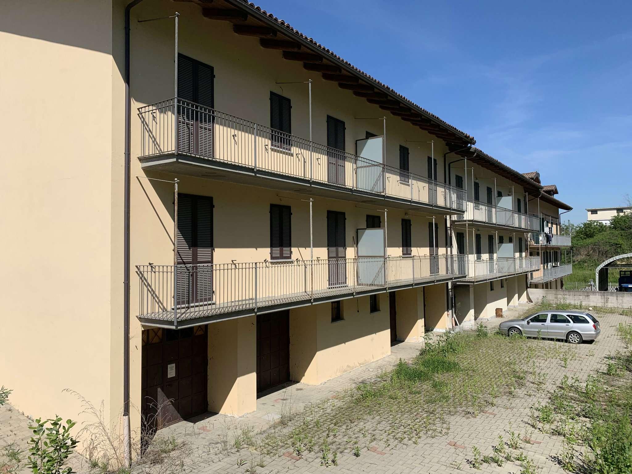Palazzo / Stabile in vendita a Ferrere, 9999 locali, prezzo € 483.000   PortaleAgenzieImmobiliari.it